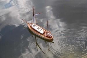Bon Temps de Lazaro navegando por primera vez