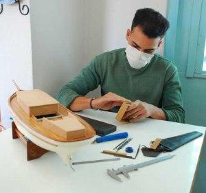 Lazarito trabajando en su Bon Temps