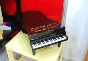 Piano humidor