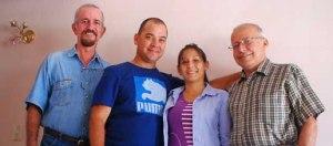 De Izq. a derecha. Wildy, Luis Ismer, su esposa y José Francisco Reyes