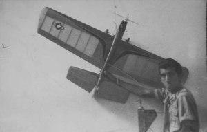 DSC_8068 Bebo jovencito con su modelo Stunt Weagon de acrobacia vuelo circular