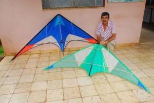 Jorge Luis aeromodelista que practica velocidad vuelo circular