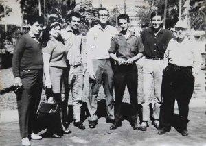 Reunión de aeromodelistas y amigos en Fontanar. De izq. a der.: Ángel, Ramiro Villa y esposa, Ernesto Pons, Moreno, Francisco Saurí (hijo) y Francisco Saurí (padre)