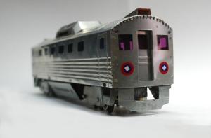 """Coche motor construido recientemente por Guillermo Caraballosa. Funciona tan bien como un """"tren eléctrico"""" de firmas reconocidad de modelismo ferroviario"""