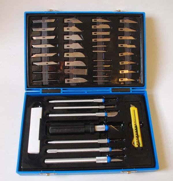 Juego de herramientas de corte recibida recientemente regalo de mi amigo Jorge Reyes y un amigo español que aprecia mis trabajos