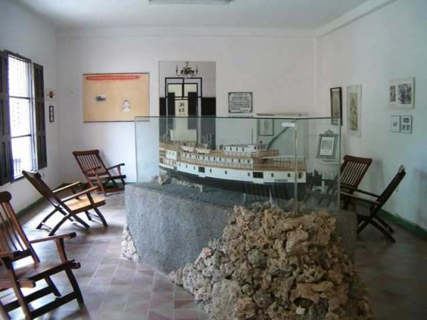 """Maqueta del """"Pinero"""" construida por Odin. Se exhibe en el Museo de Nueva Gerona"""