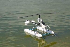 No hubo viento suficiente para el vuelo del autogiro con pontones llevado por Alexis