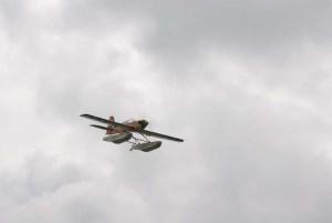 Lanchas rápidas, aerobotes y otros modelos en la presa del Zoo N