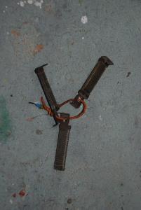 Con una de estas  resistencias se propone construir un variador de velocidad