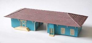 Estación de Jarahueca en plástico y cartón,totalmente artesanal.