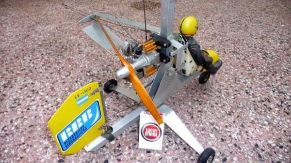 Autogiro-u-control-sobreviviente-de-años-80-895201-MLA20296073482_052015-F BR