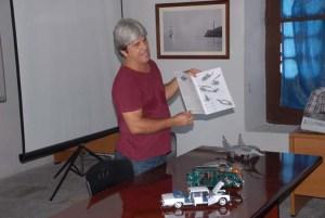 Mario Ros Ramos intervino sobre los modelos recortables
