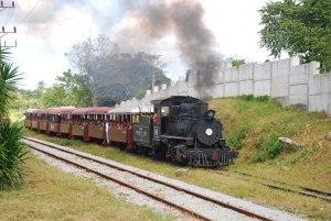 Trencito del Parque Lenin. Locomotora de vapor norteamericana