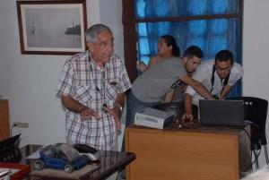 El profesor del ISDI Miguel Díaz de la Hoz ha sido un impulsor de la participación de sus alumnos en los encuentros de modelismo