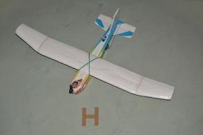 DSC_0115 avión en poliespuma